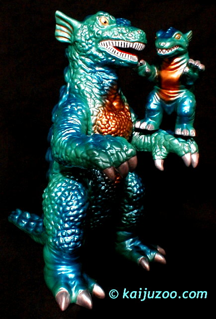 gorgo right side